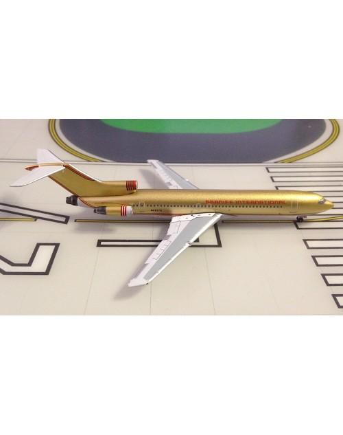 Braniff Boeing 727-200 N8857E Gold 1/400 scale diecast Aeroclassics