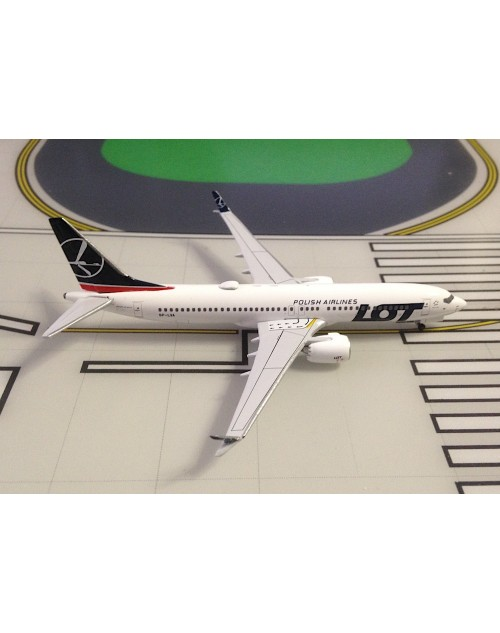 LOT Polish Airlines Boeing 737 Max-8 SP-LVA 1/400 scale diecast Aeroclassics
