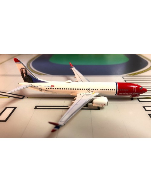Norwegian Boeing 737 Max-8 EI-FYC Jonathan Swift 1/400 scale diecast Aeroclassics