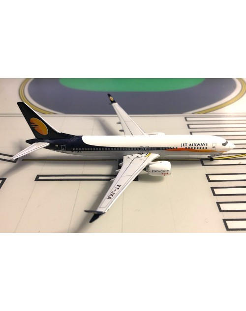 Jet Airways Boeing 737 Max-8 VT-JXA 1/400 scale diecast Aeroclassics