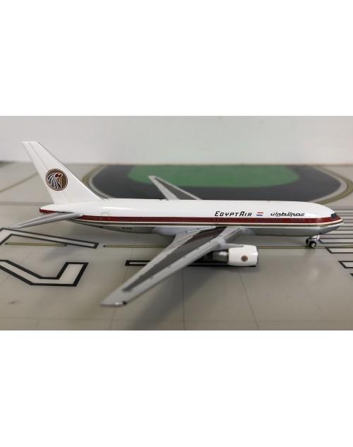 EgyptAir Boeing 767-266/ER SU-GAH 1980's 1/400 scale diecast Aeroclassics