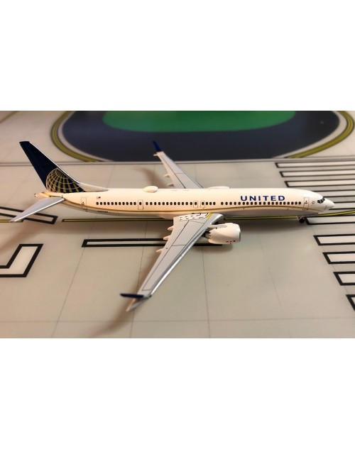 United Boeing 737 Max-9 N37506 1/400 scale diecast Aeroclassics