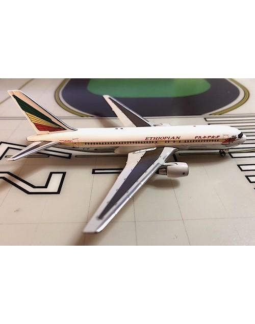 Ethiopian Boeing 767-260/ER ET-AIF 1990s 1/400 scale diecast Aeroclassics