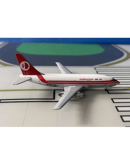 Malaysian Boeing 737-200/Adv 9M-MBB 1980s 1/400 scale diecast Aeroclassics