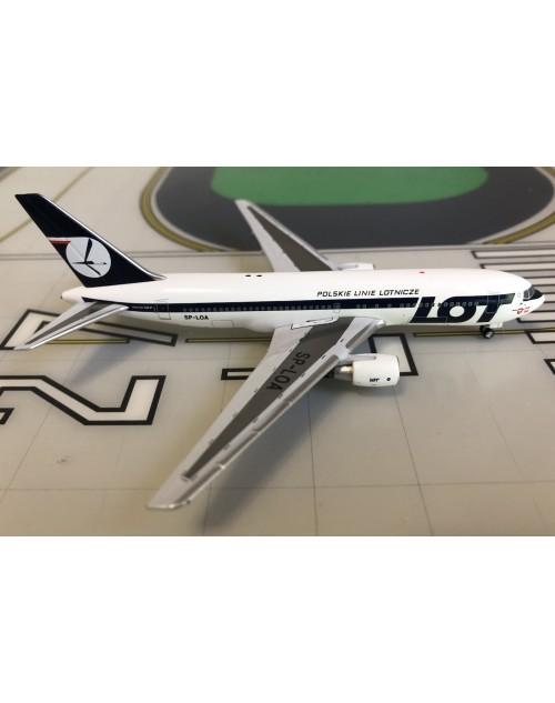 LOT Polish Airlines Boeing 767-200/ER SP-LOA 1/400 scale diecast Aeroclassics