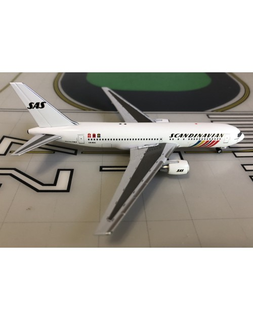 SAS-Scandinavian Boeing 767-200/ER LN-RCC 1990's 1/400 scale diecast Aeroclassics