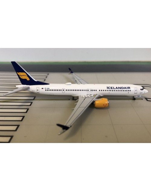 Icelandair Boeing 737-Max 9 TF-ICA Current 1/400 scale diecast Aeroclassics