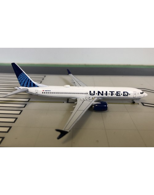 United Boeing 737-Max 9 N27515 New colors 1/400 scale diecast Aeroclassics