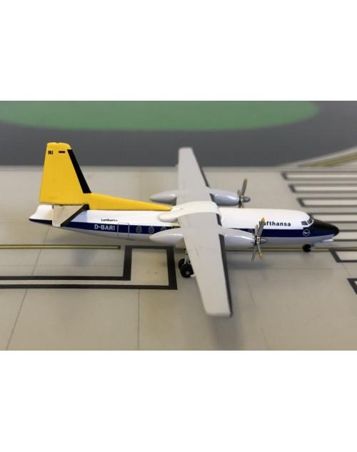 Lufthansa Fokker F-27-400 D-BARI 1960s colors 1/400 scale diecast Aeroclassics