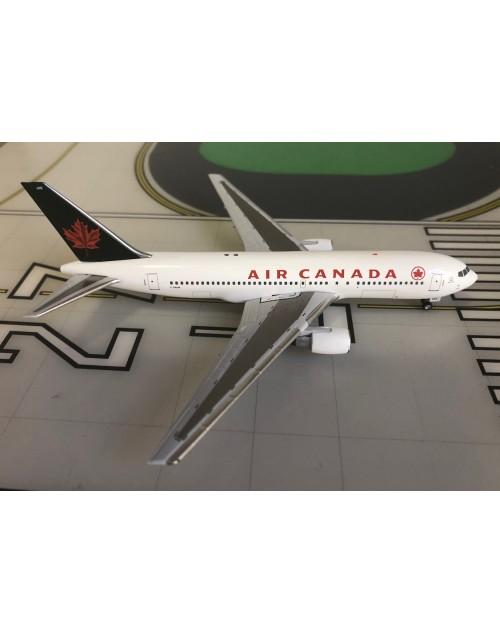 Air Canada Boeing 767-200 C-GAUP 1990s colors 1/400 scale diecast Aeroclassics