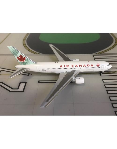 Air Canada Boeing 767-200 C-FBEM 2000s colors 1/400 scale diecast Aeroclassics