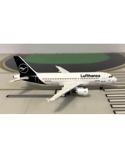 Lufthansa Airbus A319-114 D-AILW 2019 colors 1/400 scale diecast Aeroclassics
