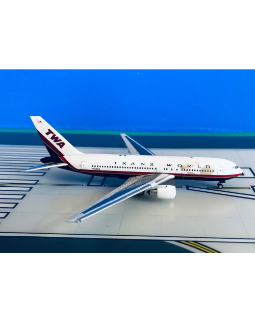 TWA - Trans World Boeing 767-200 N650TW 1/400 scale diecast Aeroclassics