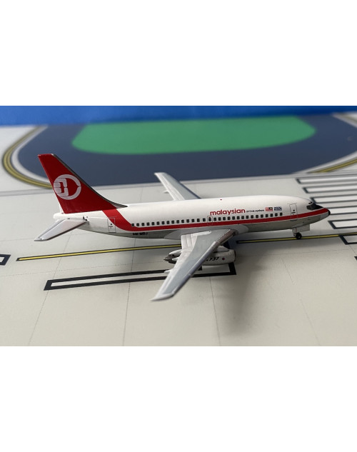 Malaysian Airline System Boeing 737-200/Adv 9M-MBJ 1/400 scale diecast Aeroclassics