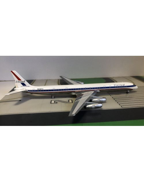 United DC-8-61 N8087U Friendship 1/200 scale diecast Aeroclassics