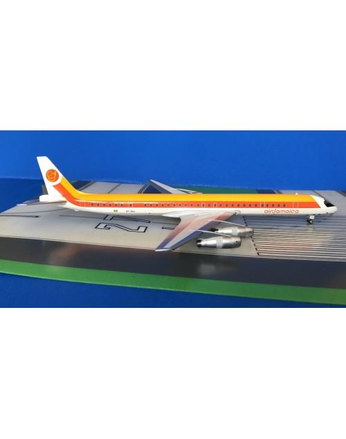 Air Jamaica Douglas DC-8-61 6Y-JGG 1970s 1/200 scale diecast Aeroclassics