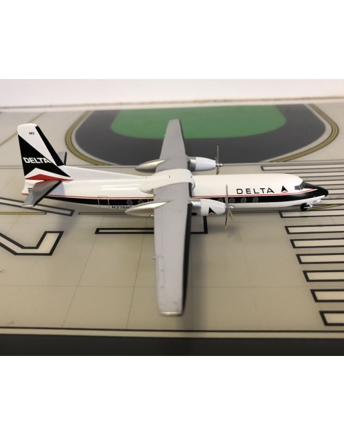 Delta Fairchild Hiller FH-227 N376NE Widget 1/200 scale diecast Aeroclassics