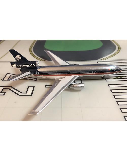 AeroMexico Douglas DC-10-15 N10038 1990's 1/400 scale diecast Aeroclassics