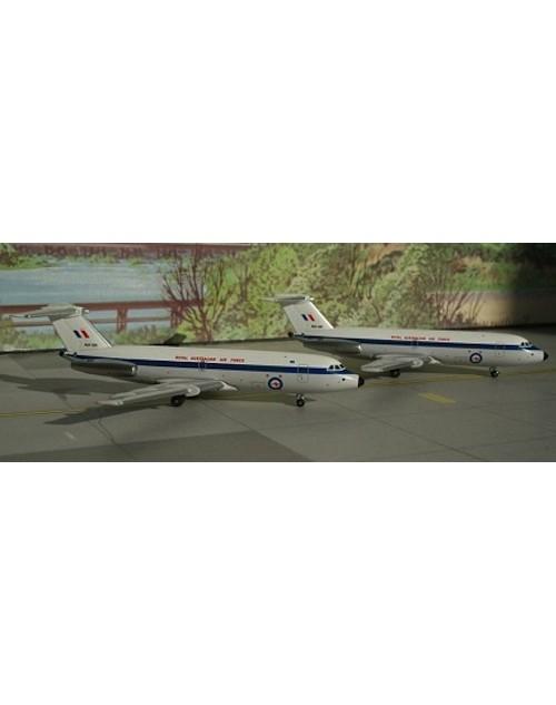 RAAF - Royal Australian Air Force BAC-111-217EA A12-124/125 Double set 1/400 scale diecast Aeroclassics