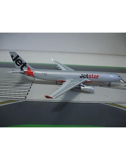 JetStar Airbus A330-201 VH-EBA 1/400 acale diecast Aeroclassics