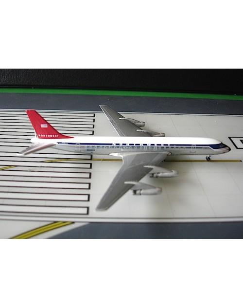 Northwest Douglas DC-8-31 N801US 1/400 scale diecast Aeroclassics