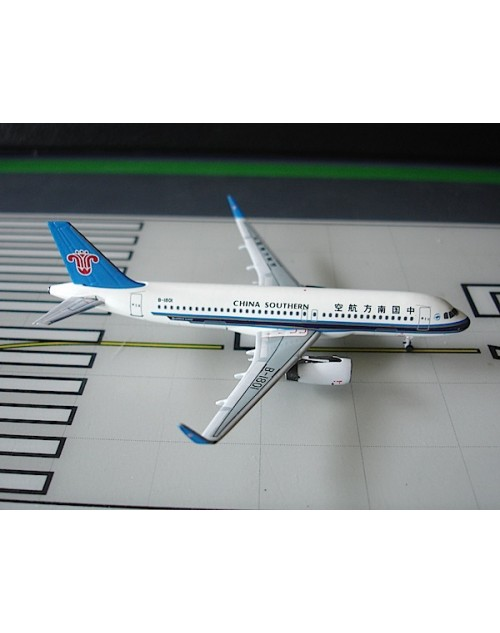 China Southern Airbus A320-232 Sharklet B-1801 1/400 scale diecast Aeroclassics