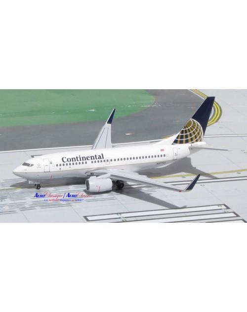 Continental Boeing 737-724 Winglets N27722 1/400 scale diecast Aeroclassics