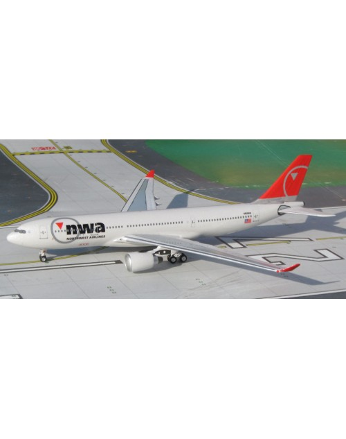 Northwest Airbus A330-200 N858NW 1/400 scale diecast Aeroclassics