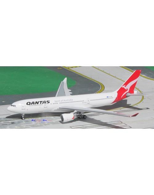 Qantas Airbus A330-202 VH-EBC Old colors 1/400 scale diecast Aeroclassics