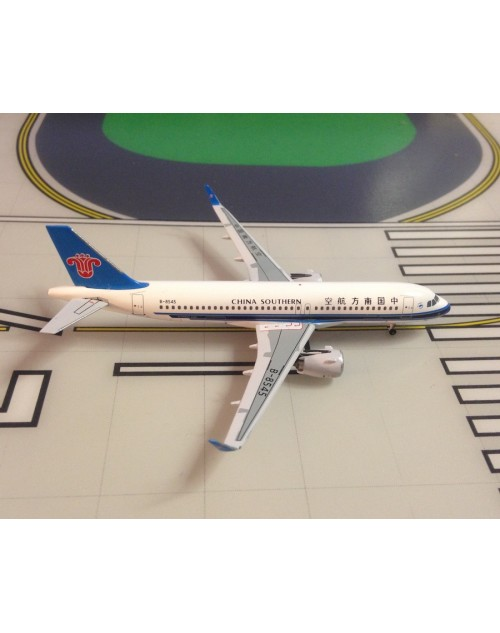 China Southern Airbus A320-271N (NEO) B-8545 1/400 scale diecast Aeroclassics