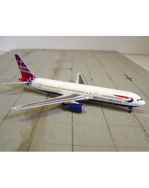 British Airways Boeing 767-336 G-BNWT Scotland Tail 1/400 scale diecast Aviation 400 Models