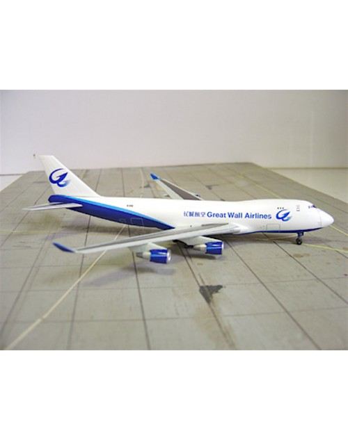 Great Wall Airlines Boeing 747-412F (SCD) B-2428 1/400 scale diecast Dragon Wings Models