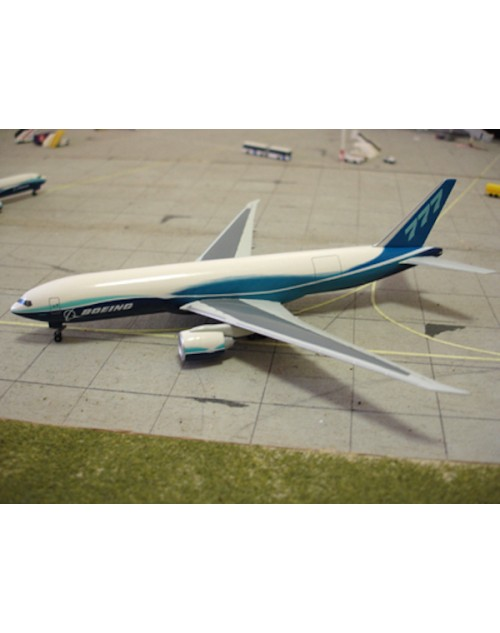 Boeing 777-200F Cargo Boeing's Dreamliner house colors 1/400 scale diecast Dragon Wings Models