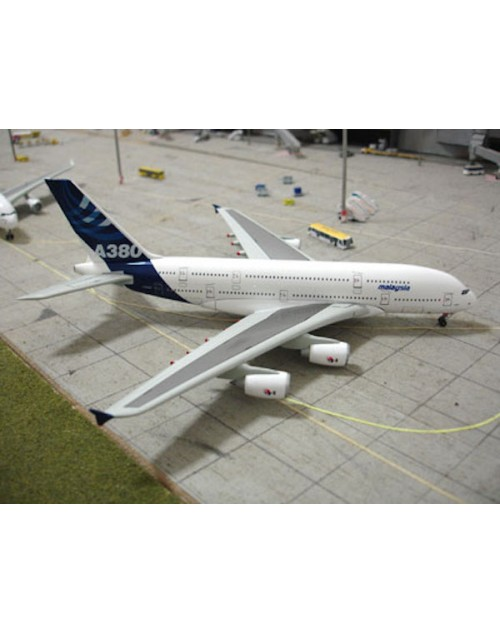 Airbus Industries Airbus A380 F-WWOW House colors Malaysian titles 1/400 scale diecast Dragon Wings Models