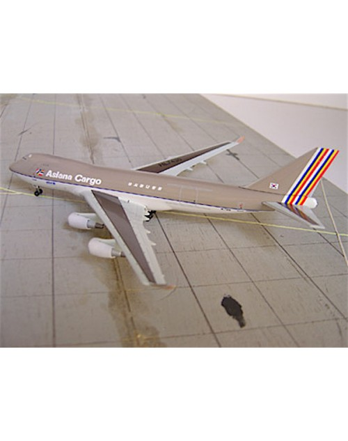 Asiana Cargo Boeing 747-48EF (SCD) HL7436 1/400 scale diecast Dragon Wings Models