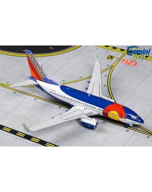 Southwest Boeing 737-700 Winglets N230WN Colorado I 1/400 scale diecast GeminiJets