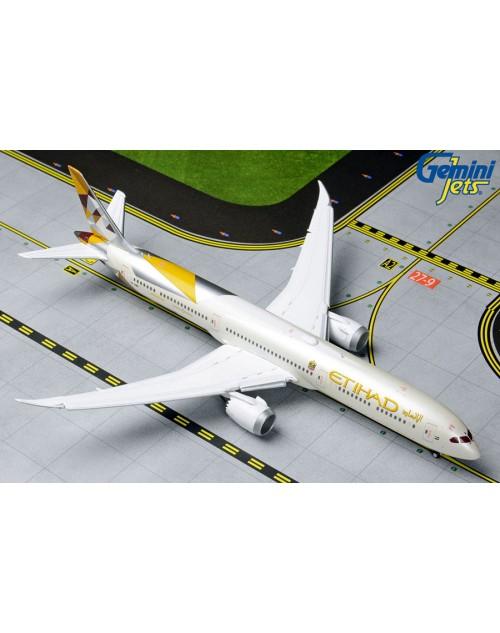 Etihad Boeing 787-10 AP-BMA Flaps down 1/400 scale diecast Gemini Jets Models
