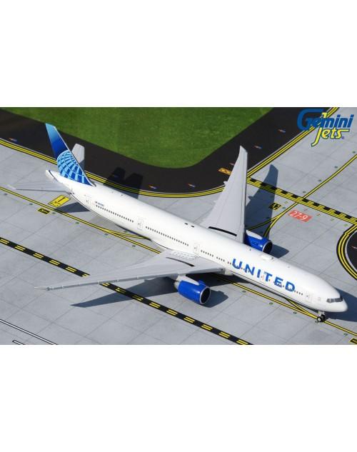 United Boeing 777-300ER N2749U New Colors 1/400 scale diecast Gemini Jets