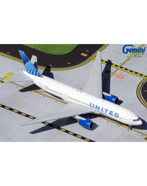 United Boeing 777-200ER N210UA New colors 1/400 scale diecast Gemini Jets