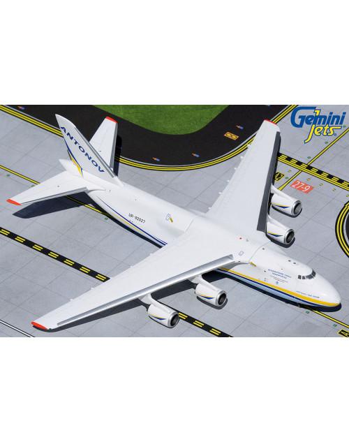 Antonov Airlines Antanov AN-124-100 UR-82027 1/400 scale diecast Gemini Jets