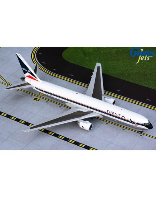 Delta Boeing 767-332 N129DL Widget 1/200 scale diecast GeminiJets