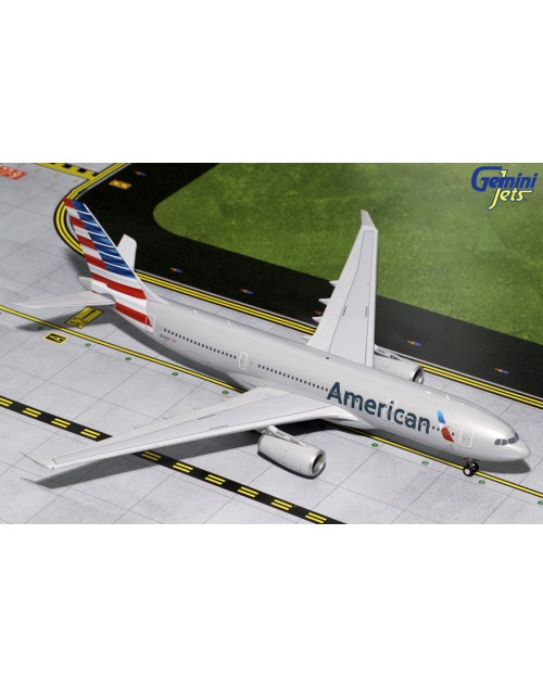 American Airbus A330-243 N290AY 1/200 scale diecast GeminiJets