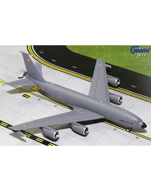 French Air Force (Armee de L'Air) Boeing KC-135R 739 1/200 scale diecast Gemini Jets