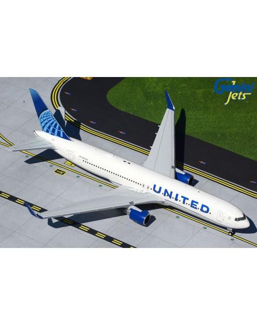 United Boeing 767-323ER (W) N676UA New colors 1/200 scale diecast GeminiJets