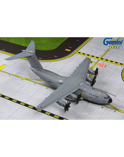 Royal Air Force Airbus A400M ZM401 1/400 scale diecast GeminiMacs