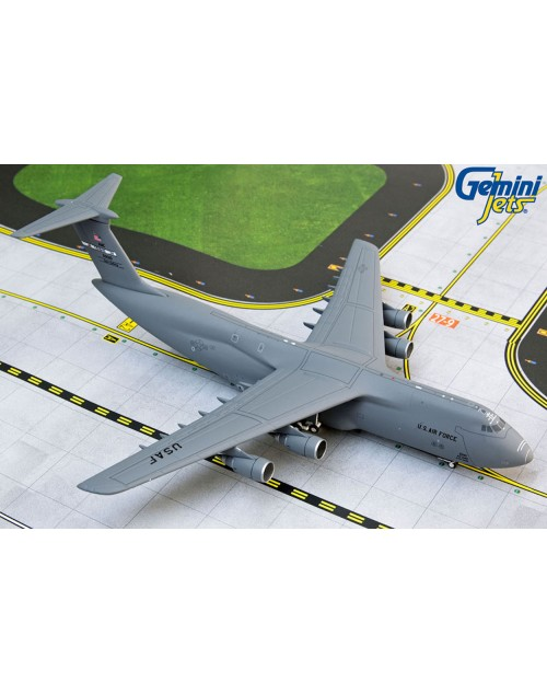 US Air Force Lockheed C-5M Super Galaxy 85-0010 Travis AFB 1/400 scale diecast GeminiMacs