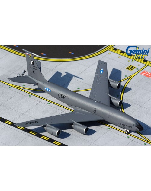 US Air Force Boeing KC-135A 58-0100 Mildenhall 1/400 scale diecast GeminiMacs