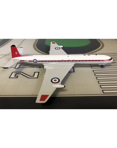 Royal Air Force DH 106 Comet 4C XS235 Canopus 1/200 scale diecast Inflight Models