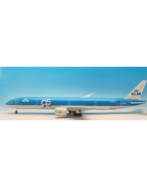 KLM Boeing 777-306ER PH-BVK 95 Years 1/200 scale diecast Inflight Models
