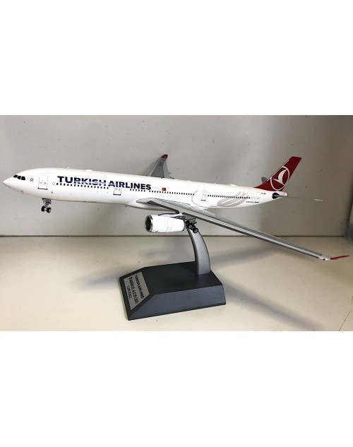 Turkish Airlines Airbus A330-300 TC-LOC 1/200 scale diecast Inflight Models